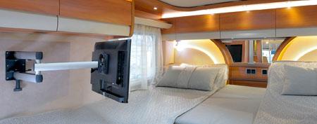 info center ratgeber novus monitorhalterung f rs wohnmobil oder den wohnwagen. Black Bedroom Furniture Sets. Home Design Ideas